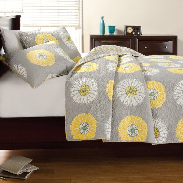 Anya Quilt Set by Cozy Line Home Fashion