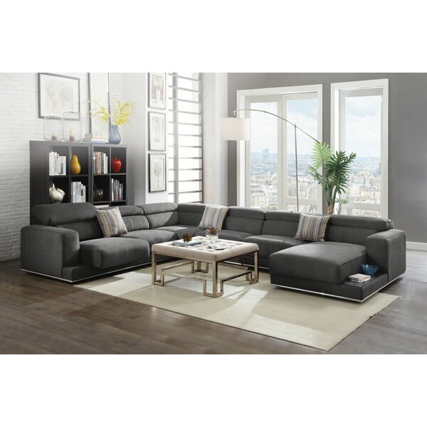 Quinnes Sectional by Orren Ellis
