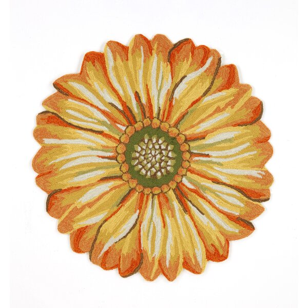 Ismay Gold/Yellow Sunflower Indoor/Outdoor Area Rug by August Grove