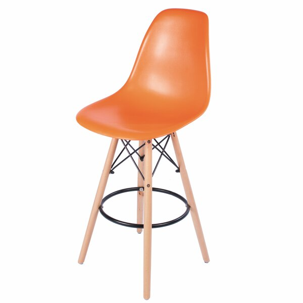 26 Bar Stool by PoliVaz