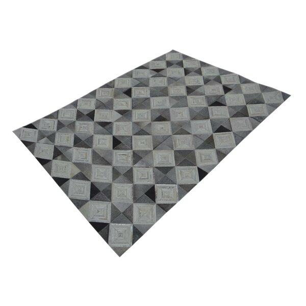 Chesney Hand-Tufted Gray/Beige Area Rug by Brayden Studio
