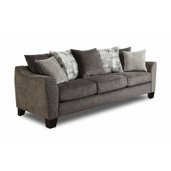 Sasser Sofa by Ivy Bronx