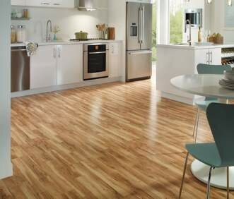 Stately 7.5 x 47 x 7mm Oak Laminate Flooring in Tan by Quick-Step
