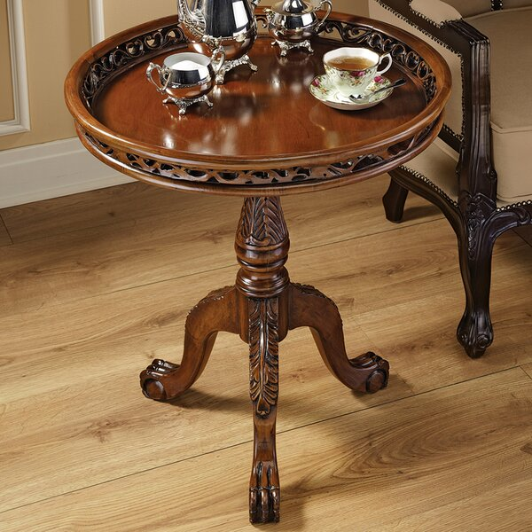 Lady Wentworth Pie Crust End Table By Design Toscano