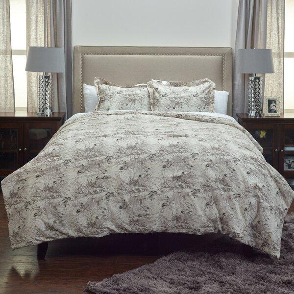 Blanford Comforter Set