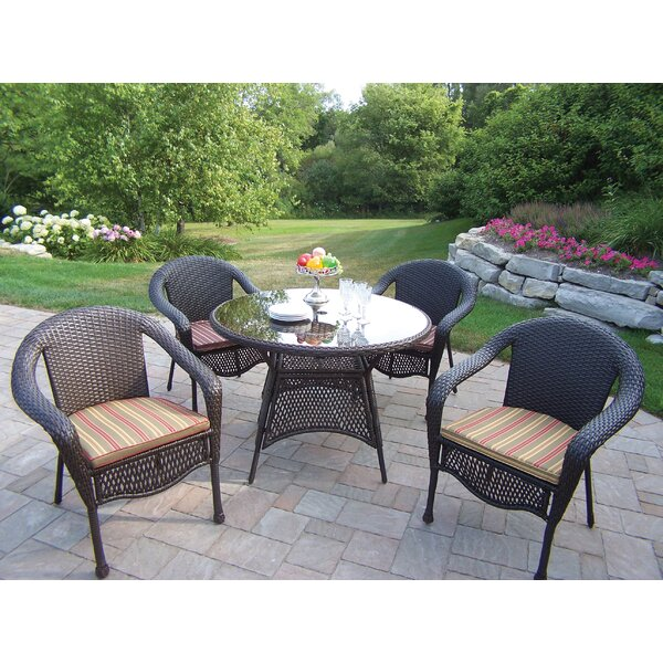 Kingsmill Traditional Dining Set with Cushions by Rosecliff Heights