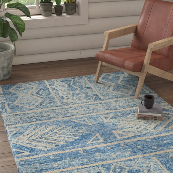 Shilah Hand-Tufted Blue/Ivory Area Rug by Loon Peak