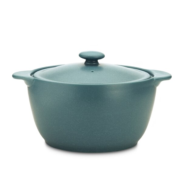 Colorwave 2-qt. Round Casserole by Noritake