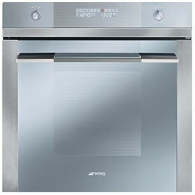 Linea 24 Electric Single Wall Oven by SMEG