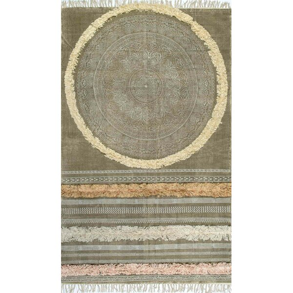 Carvell Hand-Woven Green Area Rug by Bungalow Rose