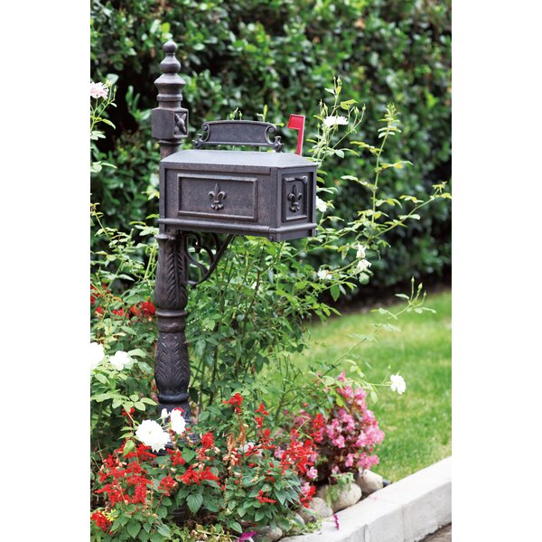 Mailbox with Post by Darlee