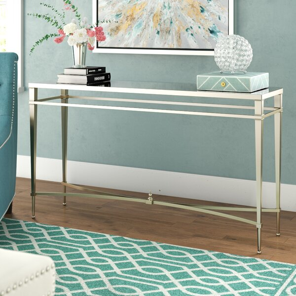 Review Robison Console Table