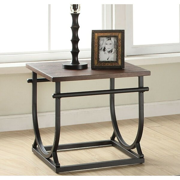 Shirley End Table by 17 Stories