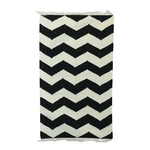 Price comparison Laguerre Zigzags Dhurrie Hand-Woven Wool Black/White Area Rug By Union Rustic