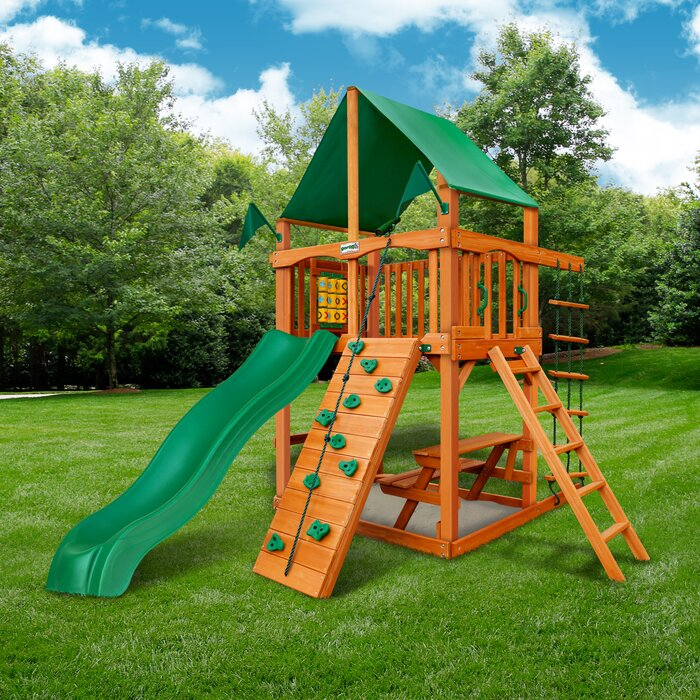 Cau Tower Swing Set With Canopy Roof