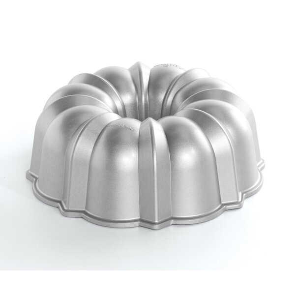 Non-Stick Bundt Original Pan by Nordic Ware