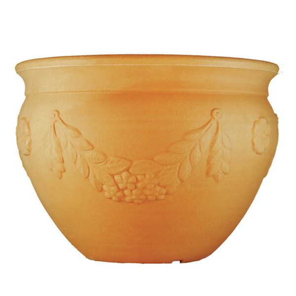 Garland Plastic Pot Planter by Tusco Products
