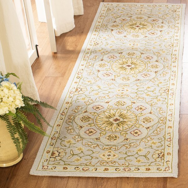 Helena Hand-Hooked Wool Light Gray Area Rug by Charlton Home