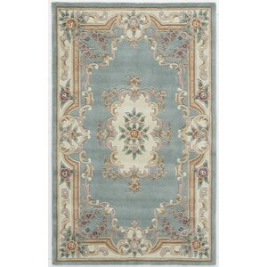 Hand-Tufted Wool Light Green Area Rug