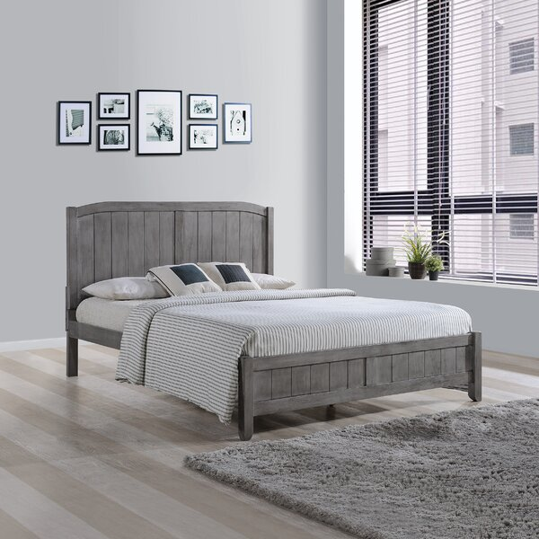Kernan Wooden Queen Platform Bed by Highland Dunes