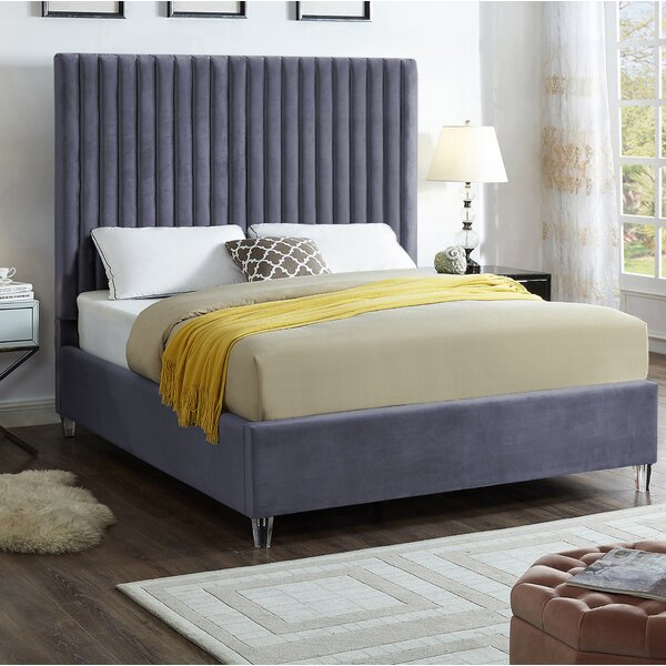 Fuiloro Upholstered Platform Bed By Everly Quinn by Everly Quinn Herry Up