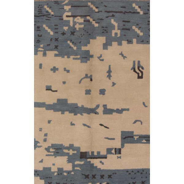 Axton Oriental Hand-Tufted Wool Blue Area Rug by Ivy Bronx