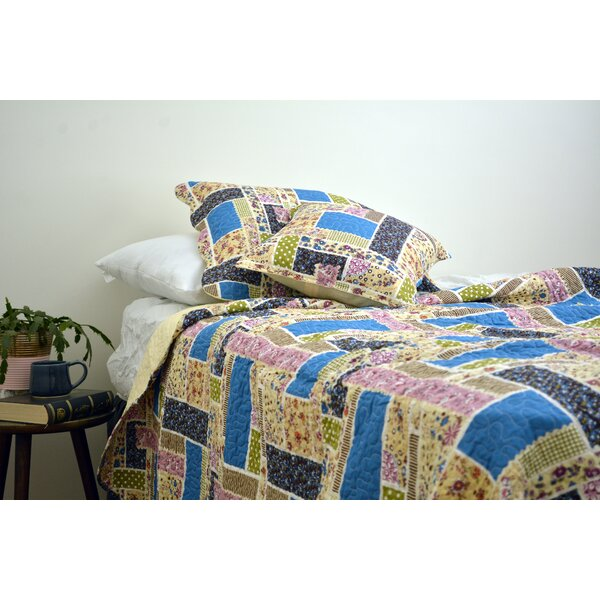 Poteete Patchwork Reversible Quilt Set by August Grove