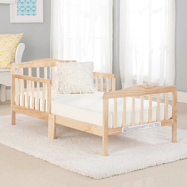 Big Oshi Platform Toddler Bed By Baby Time International Inc. by Baby Time International Inc. Today Sale Only