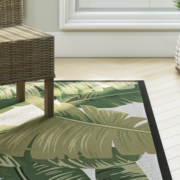 Maren Palm Lily Hunter Green/Ivory Indoor/Outdoor Area Rug by Beachcrest Home