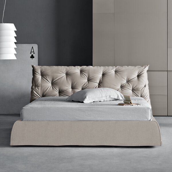 Impunto Upholstered Platform Bed by Pianca USA