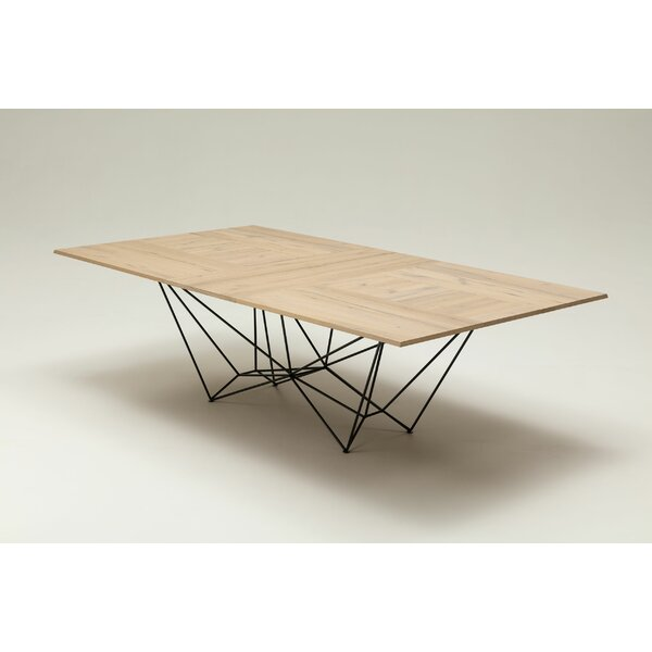 Foster Extendable Dining Table by YumanMod