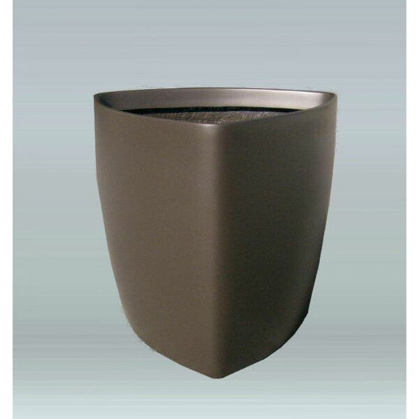 Vinyl Pot Planter by Allied Molded Products
