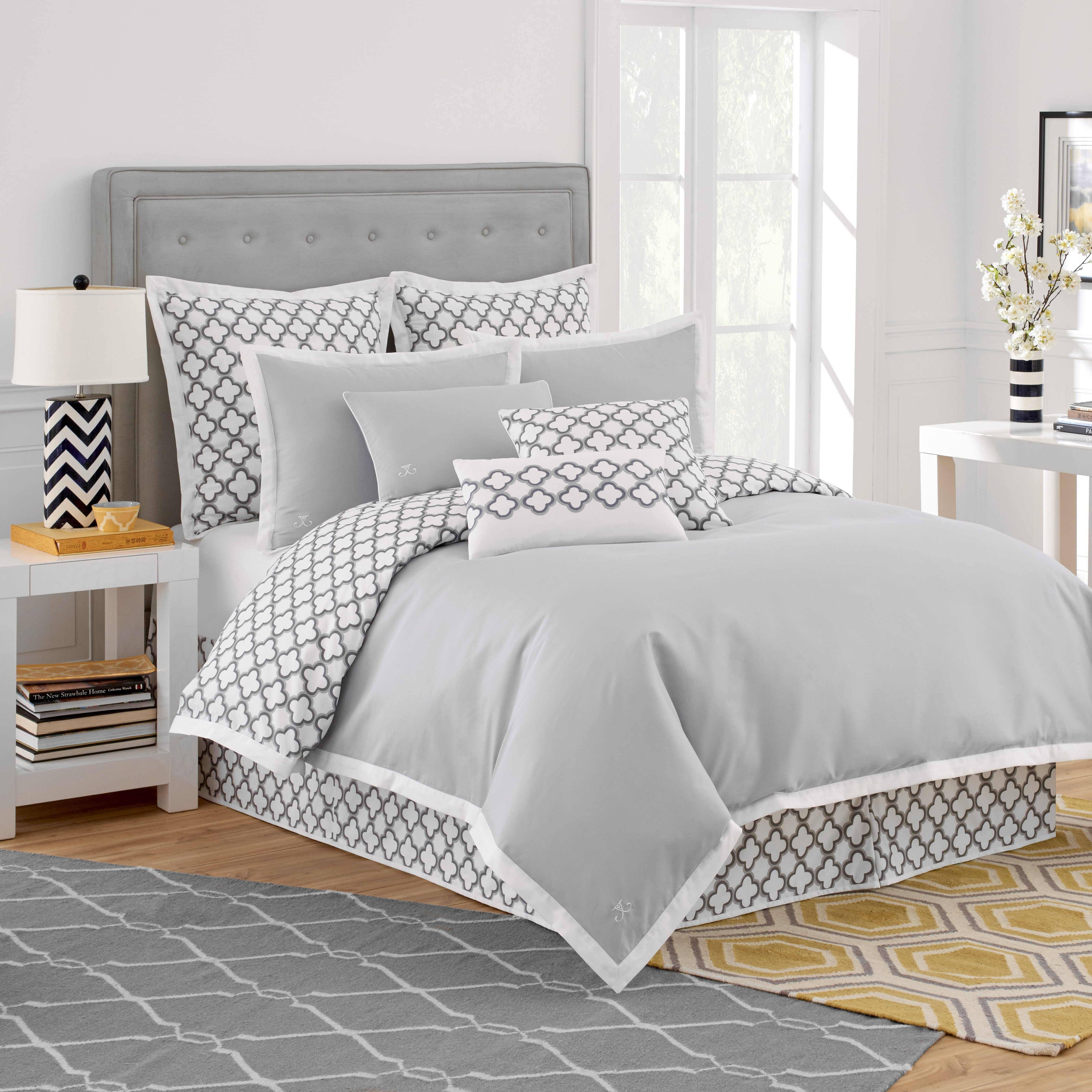 gray home set with kitchen striped very retro piece subtle duvet tahari bedding cover amazon dp com pattern king