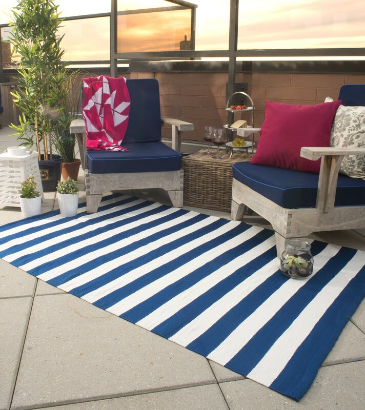 Fab Habitat Nantucket Striped Blue & White Indoor/Outdoor Area Rug ...