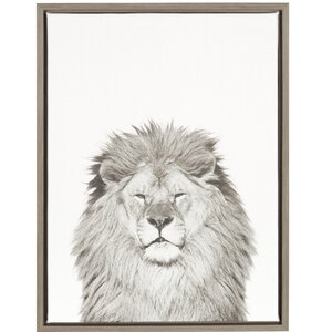 'Lion Portrait' Framed Photographic Print on Wrapped Canvas by Ivy Bronx