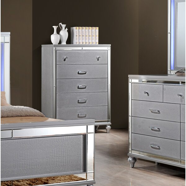 Ferri 5 Drawer Chest by House of Hampton