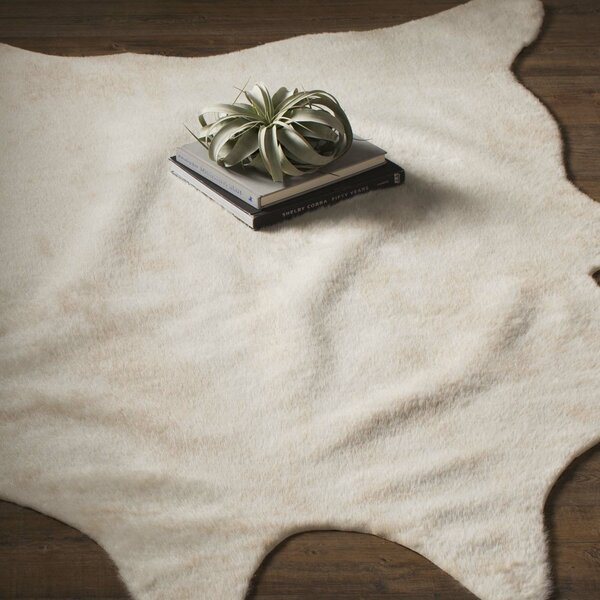Cyrus Ivory Area Rug by Mercury Row
