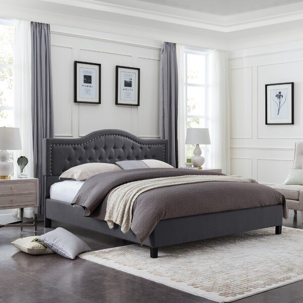 Wynsum Queen Tufted Upholstered Platform Bed by Charlton Home Charlton Home