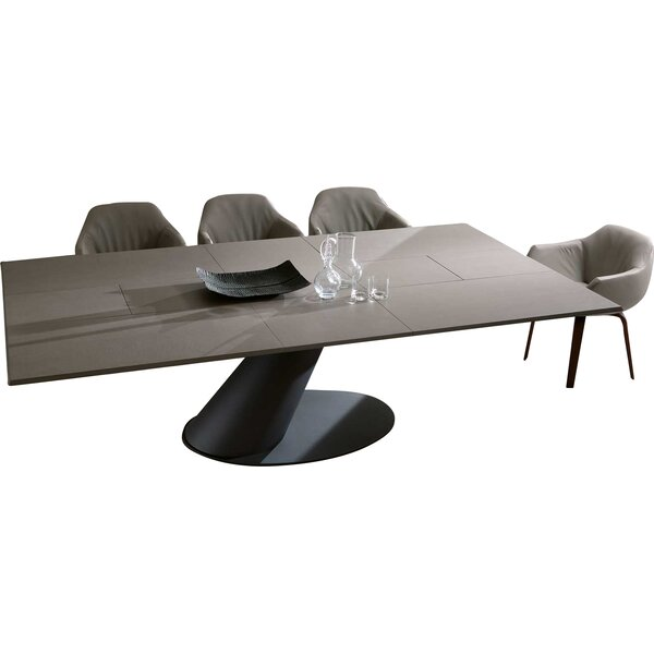Taurus Extendable Dining Table by YumanMod