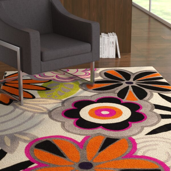Chidi Floral Area Rug by Ebern Designs