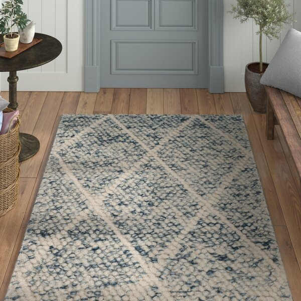 Billie Hand-Tufted Ivory/Blue Area Rug by Laurel Foundry Modern Farmhouse