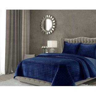 Roesch Solid Oversized Quilt Set