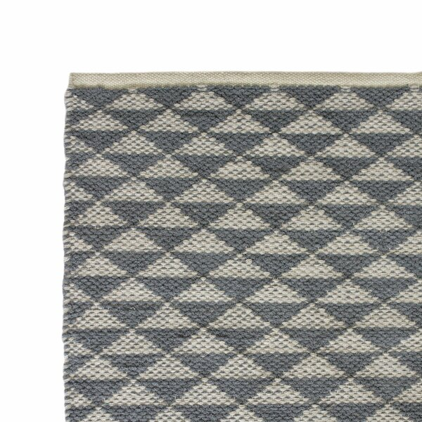 Hand-Woven Gray Area Rug by Cozy Home and Bath