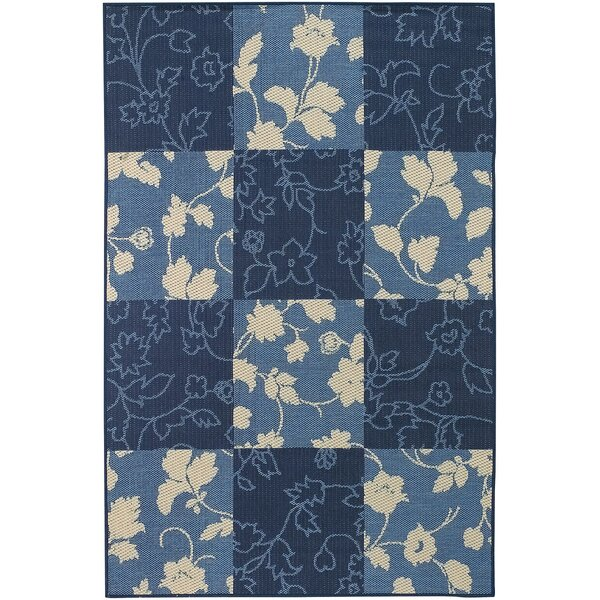Leibowitz Blue Floral Area Rug by August Grove
