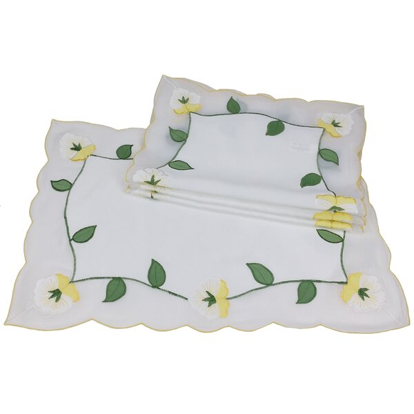 Lily Embroidered Placemat (Set of 4) by Xia Home Fashions