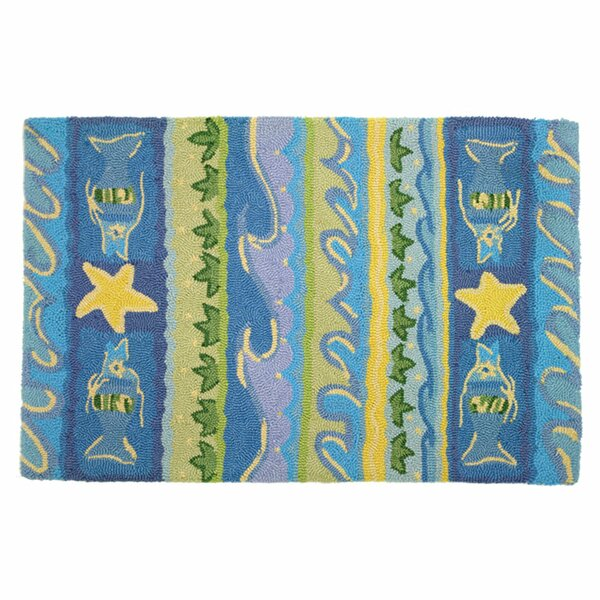 Artemisia Waves and Starfish Area Rug by Highland Dunes