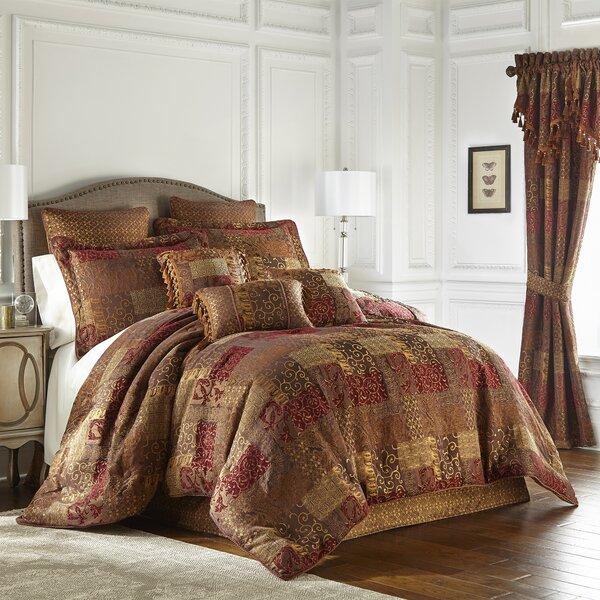 Galleria Comforter Set