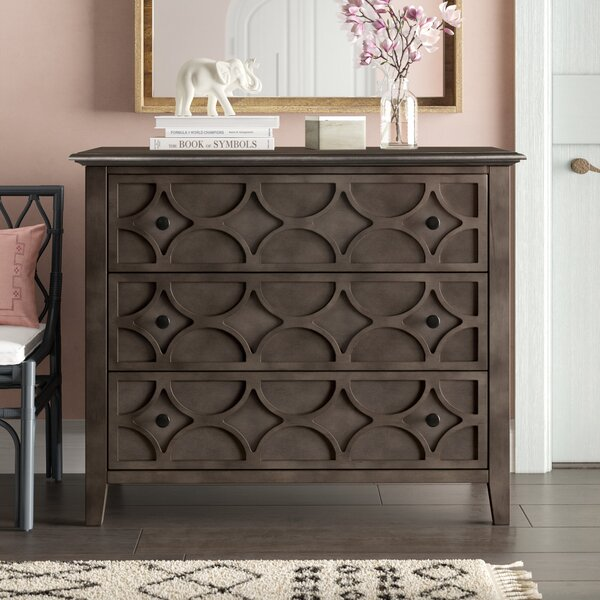 Delma 3 Drawer Accent Chest by Bungalow Rose