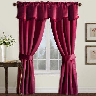 Just Like The Name Implies, The Window Scarf Is Draped Above The Window Or  Door From One Side To The Other. This Gives A Softer Look Than Most  Valances.