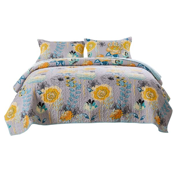 Runnells Reversible Quilt Set